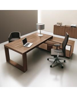bureau avec piètement carré et crédence porteuse